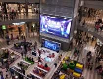 Shopping-ul se transforma: ce...