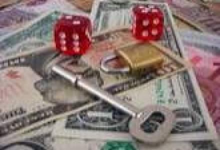 Leul, la cel mai ridicat nivel fata de dolar din ultimii cinci ani