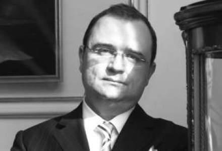 Bostina recruteaza avocati pe litigii si energie