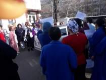 Protest spontan la Institutul...