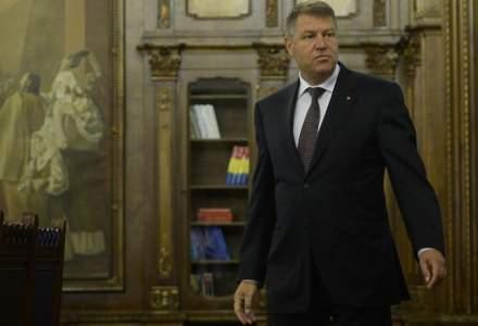 Legea ANI care scapa alesii de incompatibilitati, contestata la CCR de Klaus Iohannis