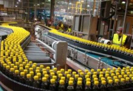 Drumul unei sticle Coca Cola pana la raft: O vizita la fabrica si mega-depozitul din Ploiesti (FOTO-REPORTAJ)