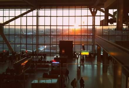 Escale lungi in aeroport? Afla cum poti sa te bucuri de ele