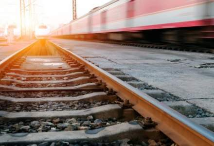 Cu trenul in Romania: comparatie intre preturile si duratele de timp ale companiile feroviare private si CFR