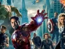 "Cum a strans ""The Avengers""..."