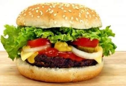 Vreti taxa pe fast-food? Ar afecta profund populatia si industria alimentara