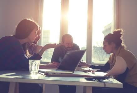 Cum a schimbat generatia millennials intalnirea de afaceri. Ce poarta, cum discuta si unde se intalnesc?