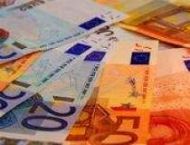 Euro s-a depreciat dupa...