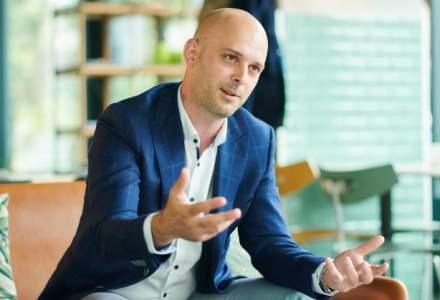 La pranz cu Adrian Badea, CEO-ul SelfPay: un manager pentru care fiecare obstacol de care s-a lovit a insemnat o lectie de viata