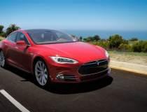 Cat costa masinile Tesla in...