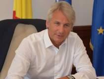 Romania are un deficit de...