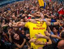 Armin van Buuren a inchis...