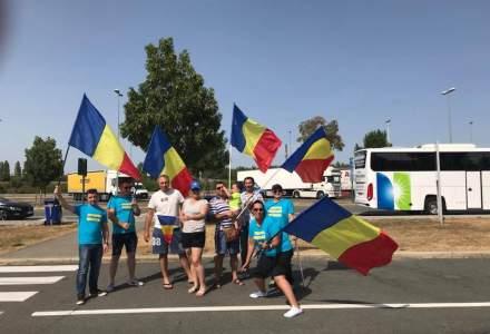 Povestile celor care se intorc, dar nu raman. Diaspora la protest in Romania