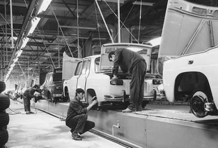 Dacia sarbatoreste 50 de ani de la fabricarea primului autoturism: 1968 - 2018