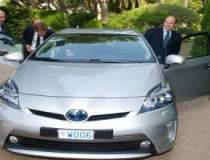 Primul Prius Plug-in Hybrid a...