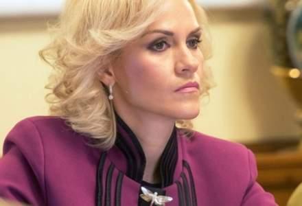Gabriela Firea ii cere demisia lui Dragnea: O retragere ar fi benefica nu atat pentru partid, cat pentru tara