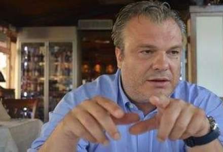 """Pranz """"a la grec"""" cu seful Cosmote si Romtelecom: Managerii puternici se recunosc prin aura ce-i inconjoara, ii depistezi imediat!"""