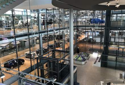 In vizita la fabrica de masini electrice Volkswagen din Dresda, pentru premiera mondiala a matricei modulare pentru condusul electric, platforma folosita de viitoarea gama Volkswagen ID