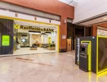Raiffeisen Bank, miscare spre...