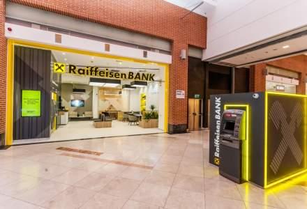 Raiffeisen Bank si-a modernizat sucursala din AFI Cotroceni adoptand un nou concept cu design modern si fluxuri mai rapide pentru clienti