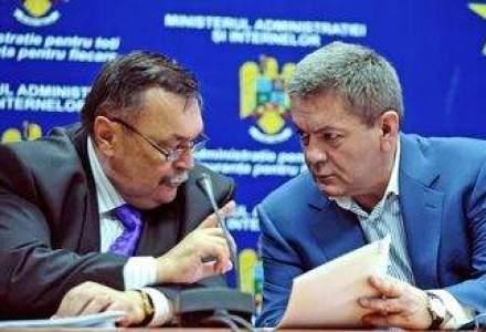 SURPRIZA in Guvern: Victor Paul Dobre si Ioan Rus AU DEMISIONAT