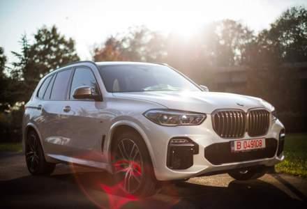 VIDEO: BMW X5 a fost prezentat la Bucuresti. Poate memora drumul pentru a merge singur in marsarier 50 metri