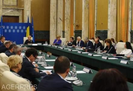 Zece ministri ar urma sa fie remaniati, potrivit unor surse politice
