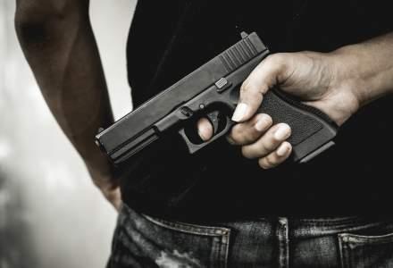 Senatorul Badalau a fost amendat pentru arma, cea pe care i-au furat-o hotii vineri noaptea