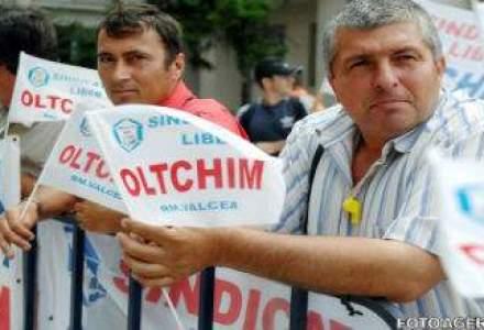 Angajatii Oltchim protesteaza fata de trimiterea in somaj tehnic a 500 de salariati