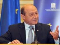 Basescu, la primele...