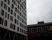 Razboiul Cathedral Plaza...