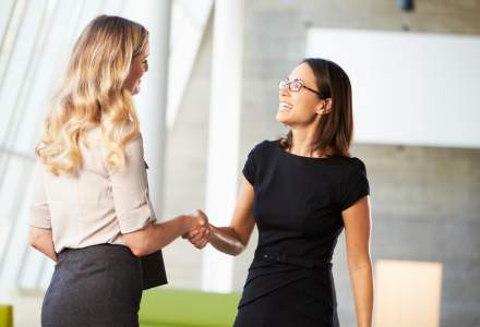 5 detalii care te pot ajuta sa impresionezi la o intalnire de afaceri