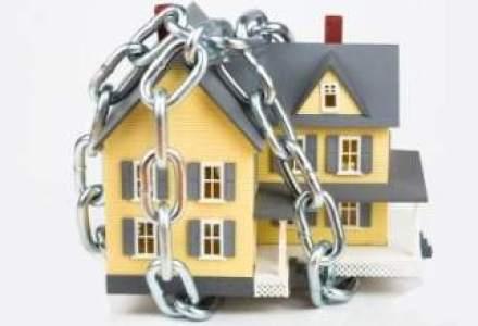 Ordinul CSA a fost suspendat: asiguratii prin polite facultative pentru locuinte nu mai au nevoie de una obligatorie