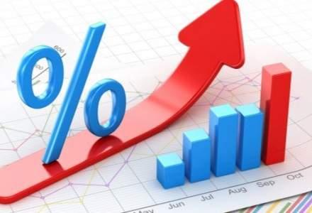 """Efectele """"taxei pe lacomie"""", vazute de economistii din banci: deprecierea leului, inflatie ridicata, dobanzi mai mari la credite si mai mici la depozite, costuri mai mari pentru stat"""