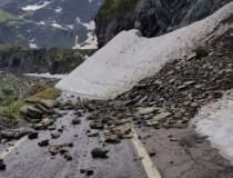 O alunecare de teren a blocat...