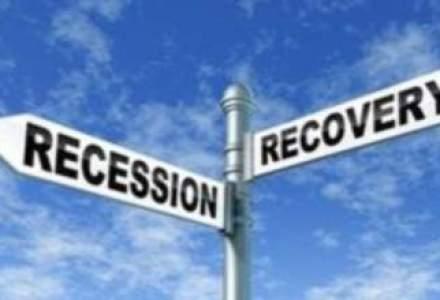 """S&P: Recesiune pana in 2013 in zona euro, cu efecte resimtite si de economiile """"de la centru"""""""