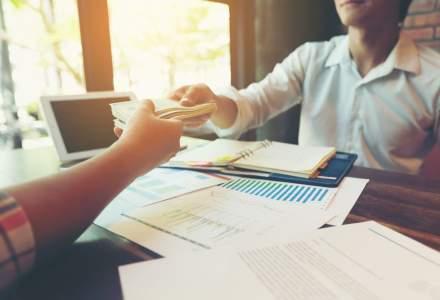 Cum negociezi corect o marire de salariu: ce sa nu ii spui niciodata sefului