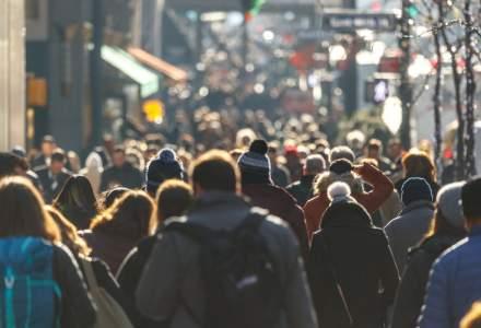 Doar 17% dintre romani considera ca biserica si politicienii pot produce o schimbare in societate