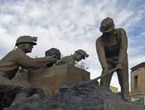 Miile de mineri de la CE...