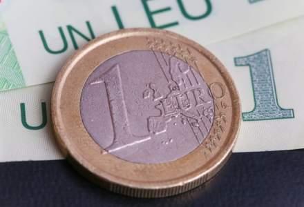 Curs BNR: Euro sare pentru prima data in istorie peste 4,7 lei