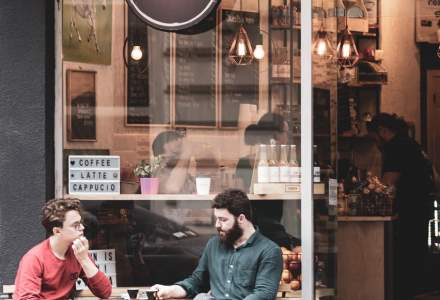 (P) Cum sa vinzi cafea premium la pret de to go, in sistem de franciza