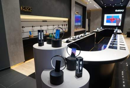 Samsung, schimbari eco-strategice: Inlocuieste materiale plastice si incarcatorul