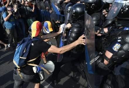 Gazele trase la protestul din 10 august, expertizate de procurori. De ce intarzie ancheta?