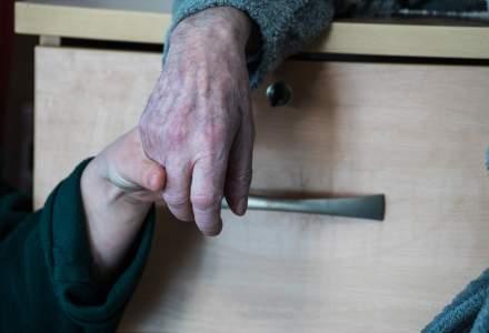 17 judete din Romania nu au niciun fel de serviciu de ingrijire paliativa. Sub 2% din medicii de familie au pregatire de baza in paliatie