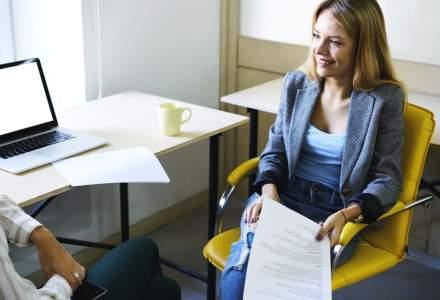 CV-ul ar putea deveni istorie. Cum recruteaza companii precum Tesla sau LinkedIn