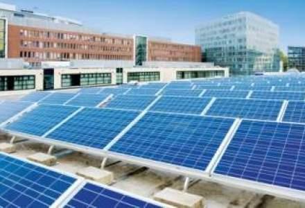 Magazine cu panouri solare pe acoperis? Ar putea deveni o moda si in Romania