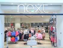 Next Romania: Piata hainelor...