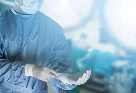 Doua cazuri noi in care numele medicilor nu apar in Registrul de specialitate din Romania