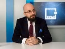 Razvan Petrescu, UTI - de la...
