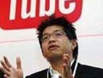 YouTube va transmite live...